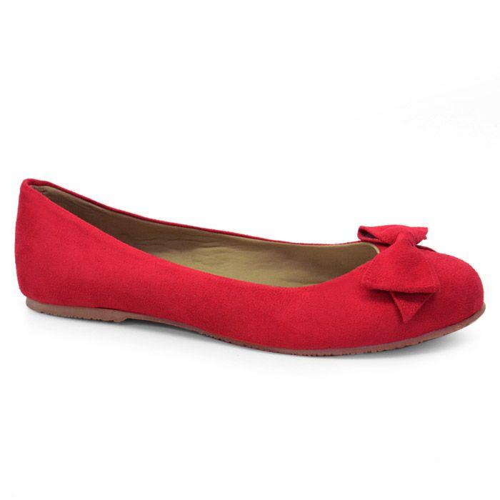 A Sapatilha Mariana Camurça Vermelha, é uma boa pedida para compor o seu look.Com calce macio e leve ,além de solado que traz maior aderência e segurança!