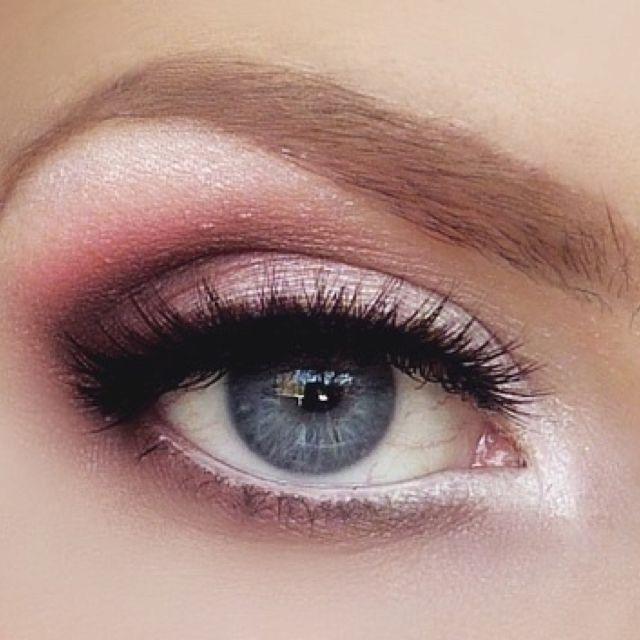 Pink eyeshadow, possible look.