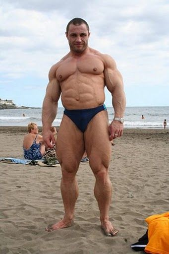 Man Cave Bondi : Daddy s got muscles oh yeah the bodybuilders
