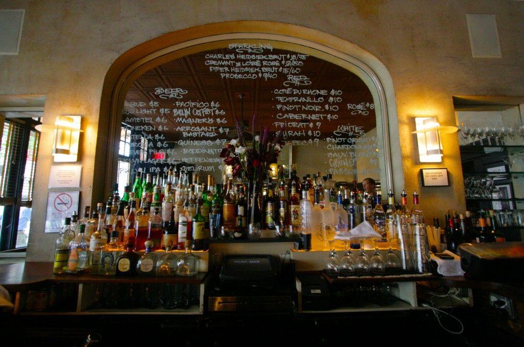 Bar Victor Houston
