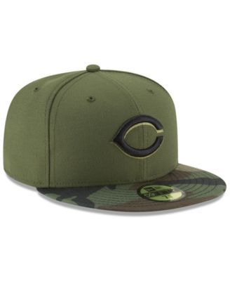 big sale eb908 cc3a2 New Era Cincinnati Reds Authentic Collection 59FIFTY Fitted Cap - Green 7  1 4