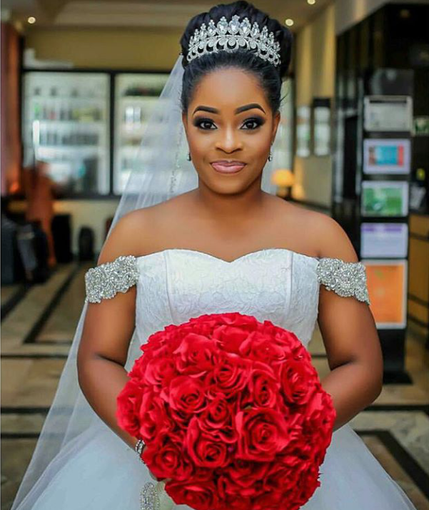 16 Stunning Hairstyles For Nigerian Brides Nigerian Wedding Hairstyles Black Wedding Hairstyles Wedding Hairstyles Bride