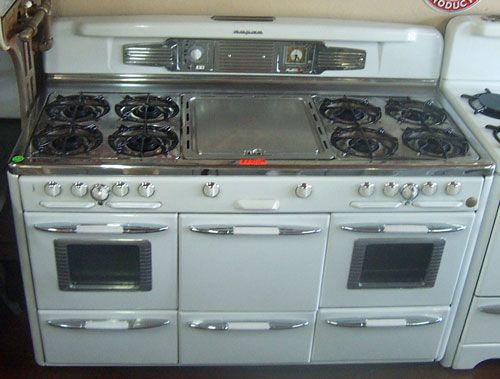 Late 1940s Roper 8 Burners Griddle 2 Ovens Center Large Broiler 2 Broilers Under Ovens Center Stor Retro Kitchen Appliances Kitchen Stove Vintage Kitchen
