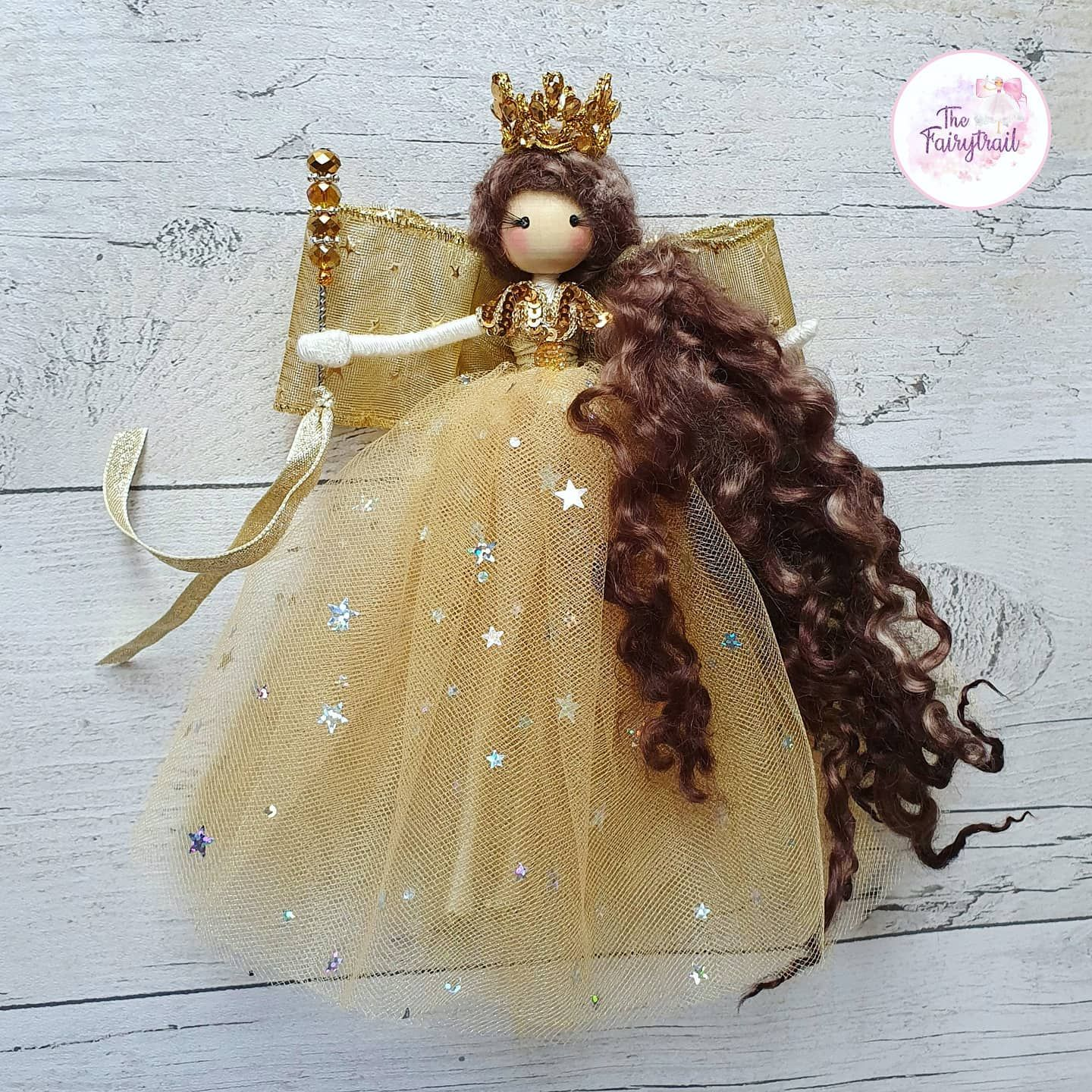 Hi! Just a quick post before I go to bed I posted a head shot of this fairy the other day but I thought I'd show her in all her glory....I love the teeny stars on her tulle skirt!! Good night!! . . #fairy #fairyqueen #fairydoll #christmas #christmastree #decorations #presents #christmasgift #keepsake #ooakdoll #doll #dollmaker #ibelieveinfairies #makersgonnamake #shophandmade #handmadedoll #handmadegifts #handmade #tulle #stars #sparkle #thehappynow #thatsdarling