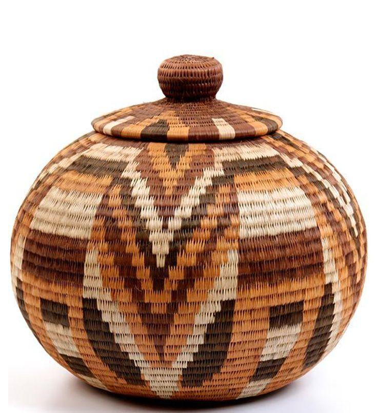 South African Baskets: Masterweave Lidded Basket From Okavango Delta