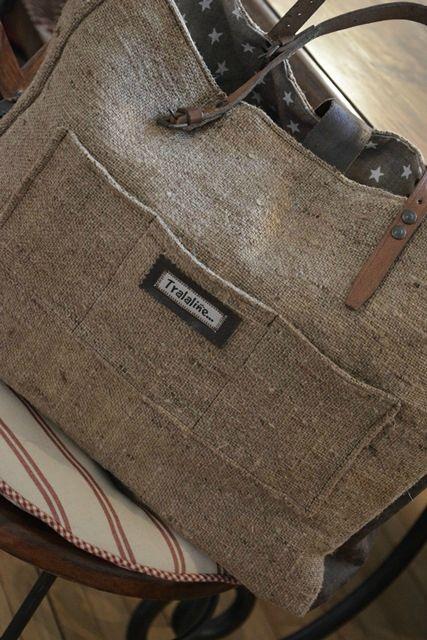it bag vintage l 39 atelier de tralaline linen bags. Black Bedroom Furniture Sets. Home Design Ideas