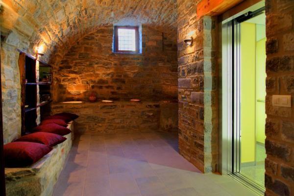 Patios interiores abovedados Zonas comunes de Casas Pirineo