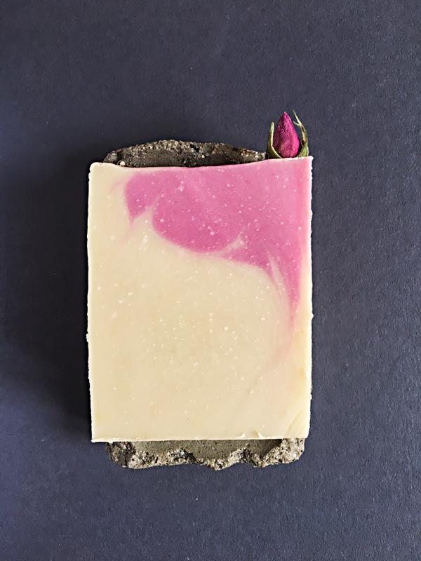 Photo of Einfache Seife mit Sheabutter und weißer Tonerde