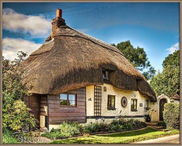 pingl par judith belisha sur sweet cottages and. Black Bedroom Furniture Sets. Home Design Ideas