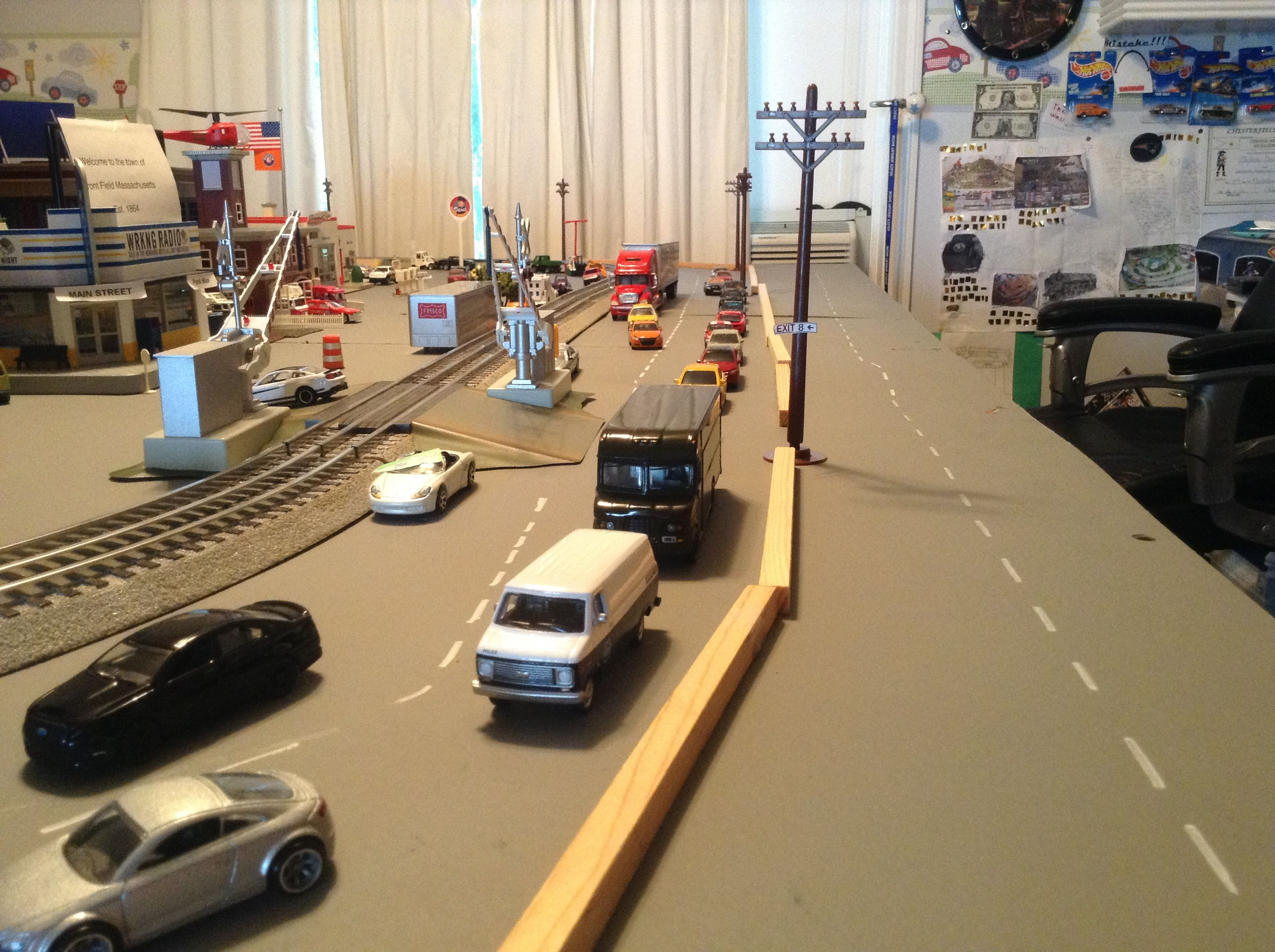 more rush hour traffic on route 18. | my diorama and cars