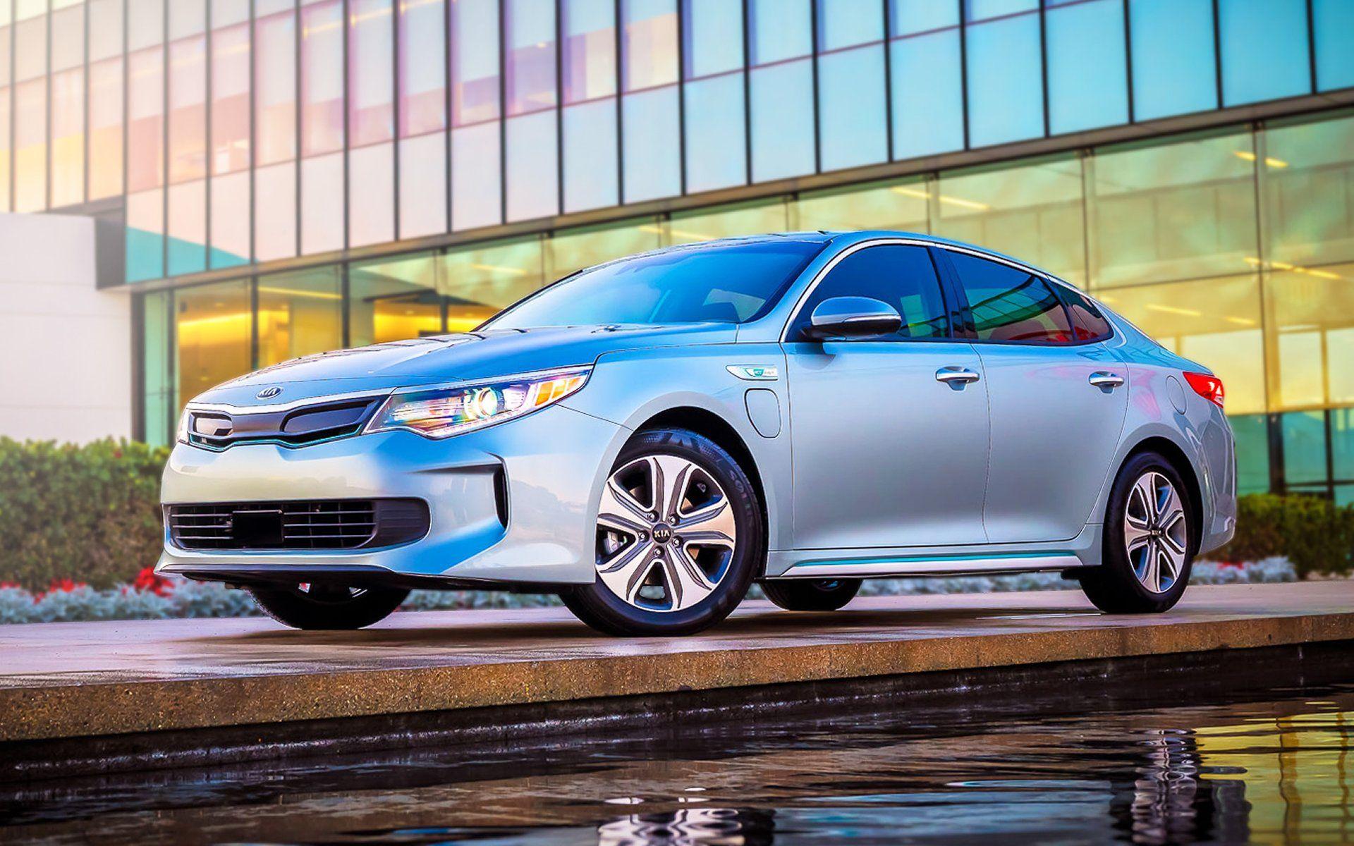 Get Electric With Two Hybrid Kia Optimas For 2017 Kia Optima Kia Kia Motors America