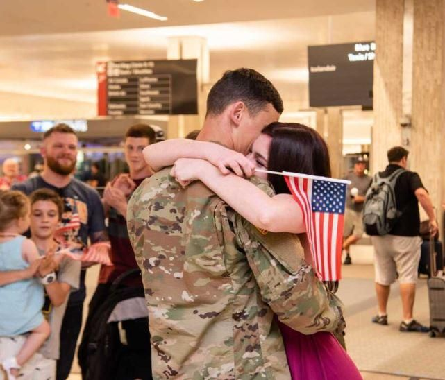 WATCH: Airport Erupts Into Applause As Soldier Proposes To