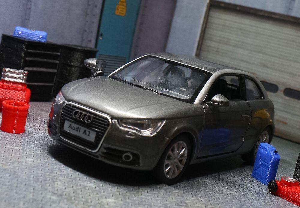 Audi A1 Diecast Model Car 1 32 Grey Diorama Miniature Garage