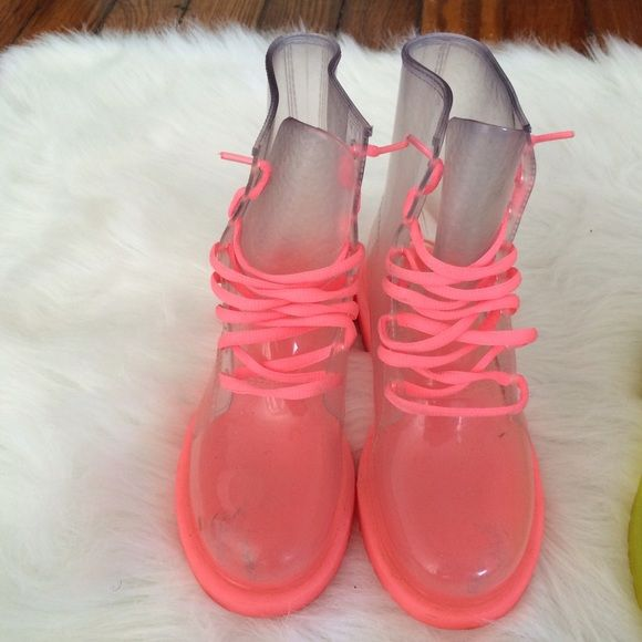 Clear Pink Jelly Boots Super cute and easy to clean jelly boots! Pink only worn a couple times! Pair with cool socks (like the third pic of me wearing them)! Price negotiable. Buy all 3 for a discount! Run small. Size 7 fits like size 6 (my usual size in women's). Shoes Winter & Rain Boots