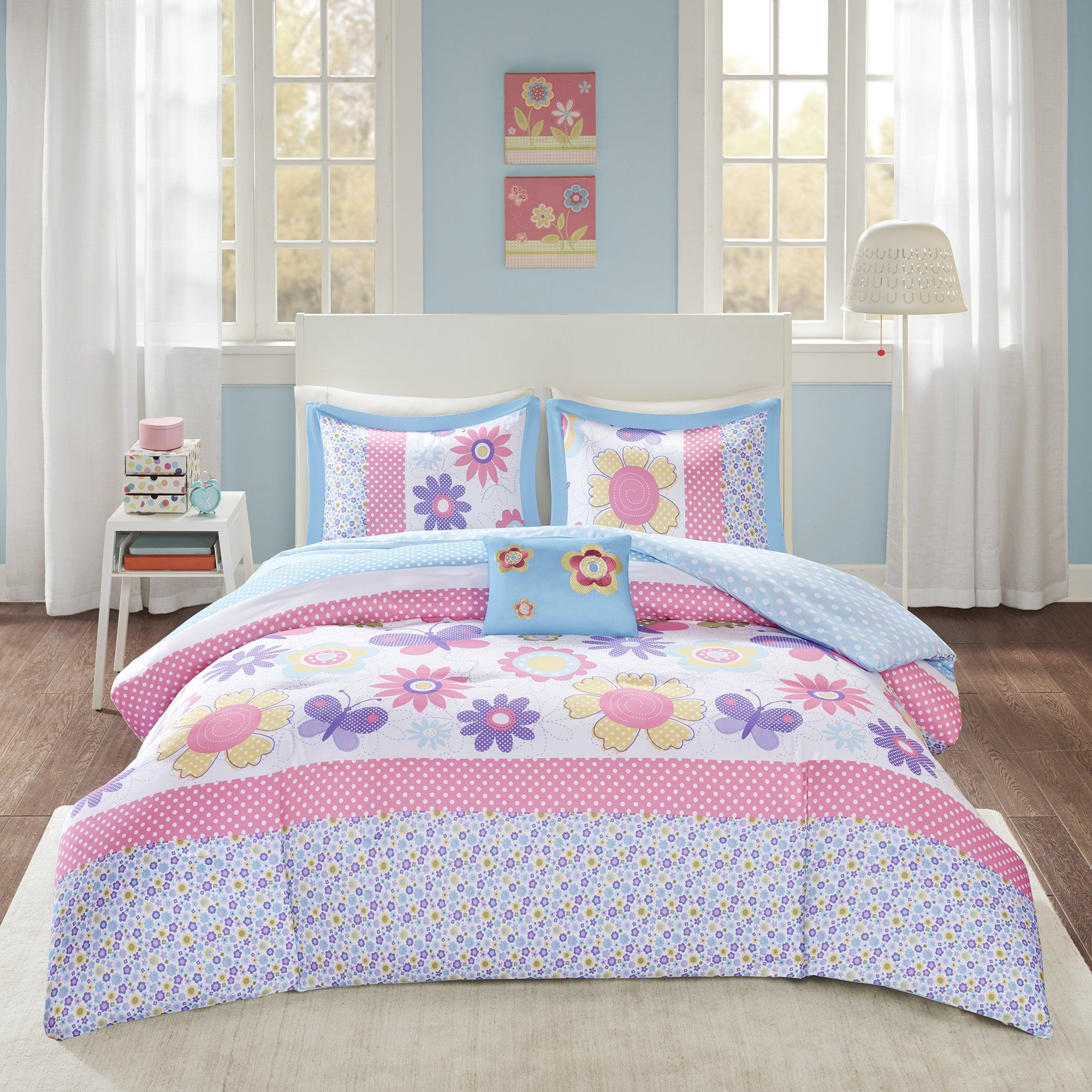 Comfort Spaces Happy Daisy Kid Comforter Set 4 Piece Butterfly