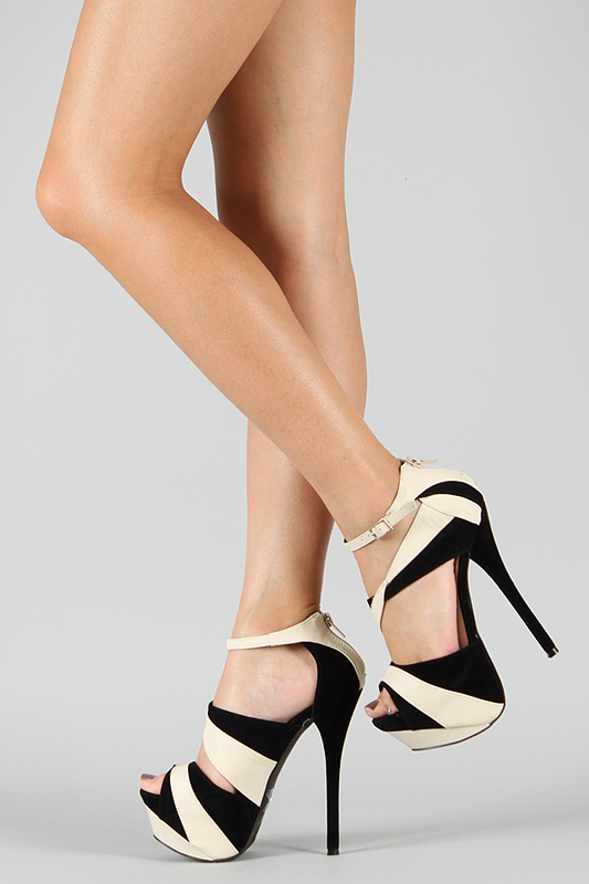 Heels   CLICK THIS PIN if you want to learn how you can EARN MONEY while surfing on Pinterest