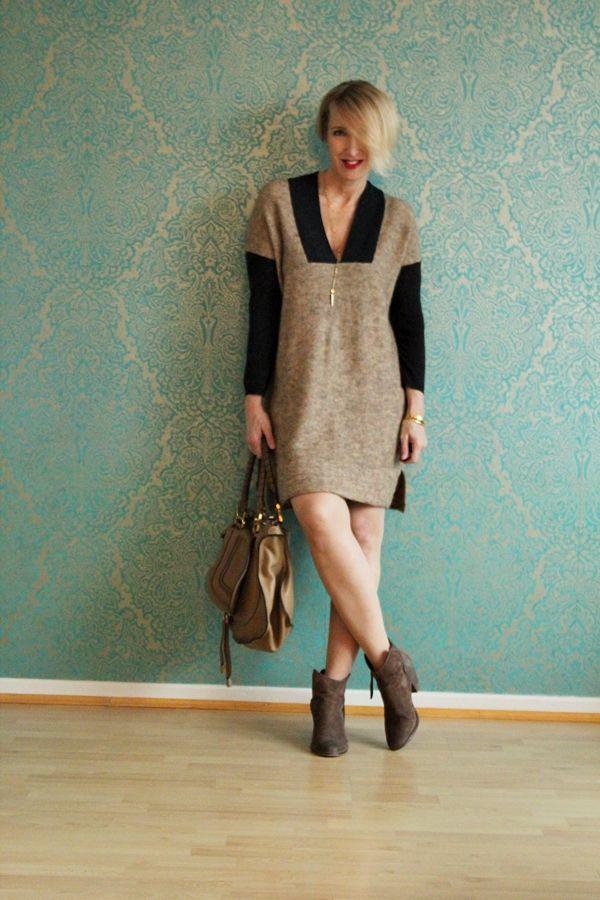 strickkleid outfit wollkleid stiefeletten zum kleid. Black Bedroom Furniture Sets. Home Design Ideas