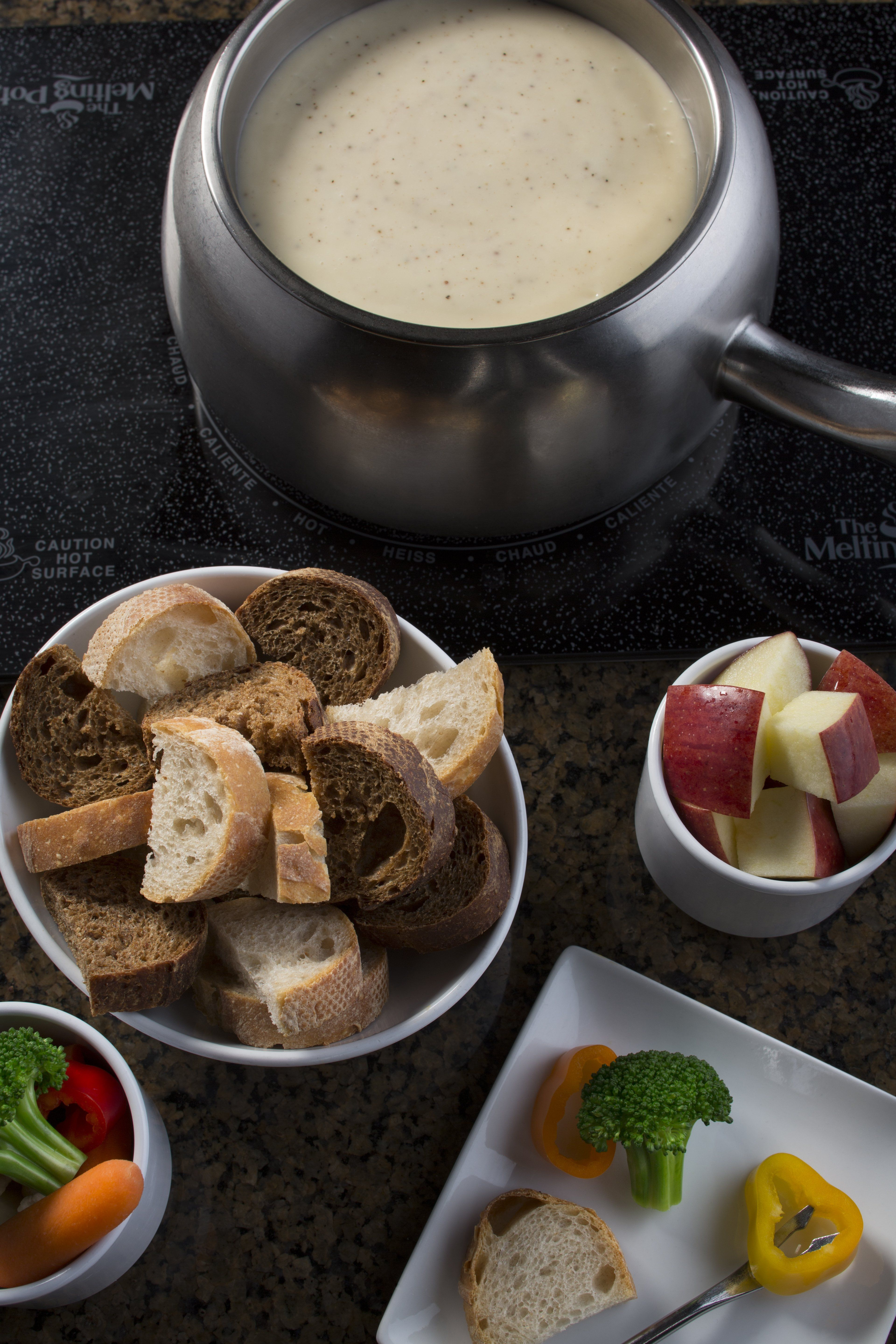 This Casual Restaurant Chain You Ve Probably Never Been To Was Just Named Best In America The Melting Pot Beat Out Restaurants Like Cheesecake Factory