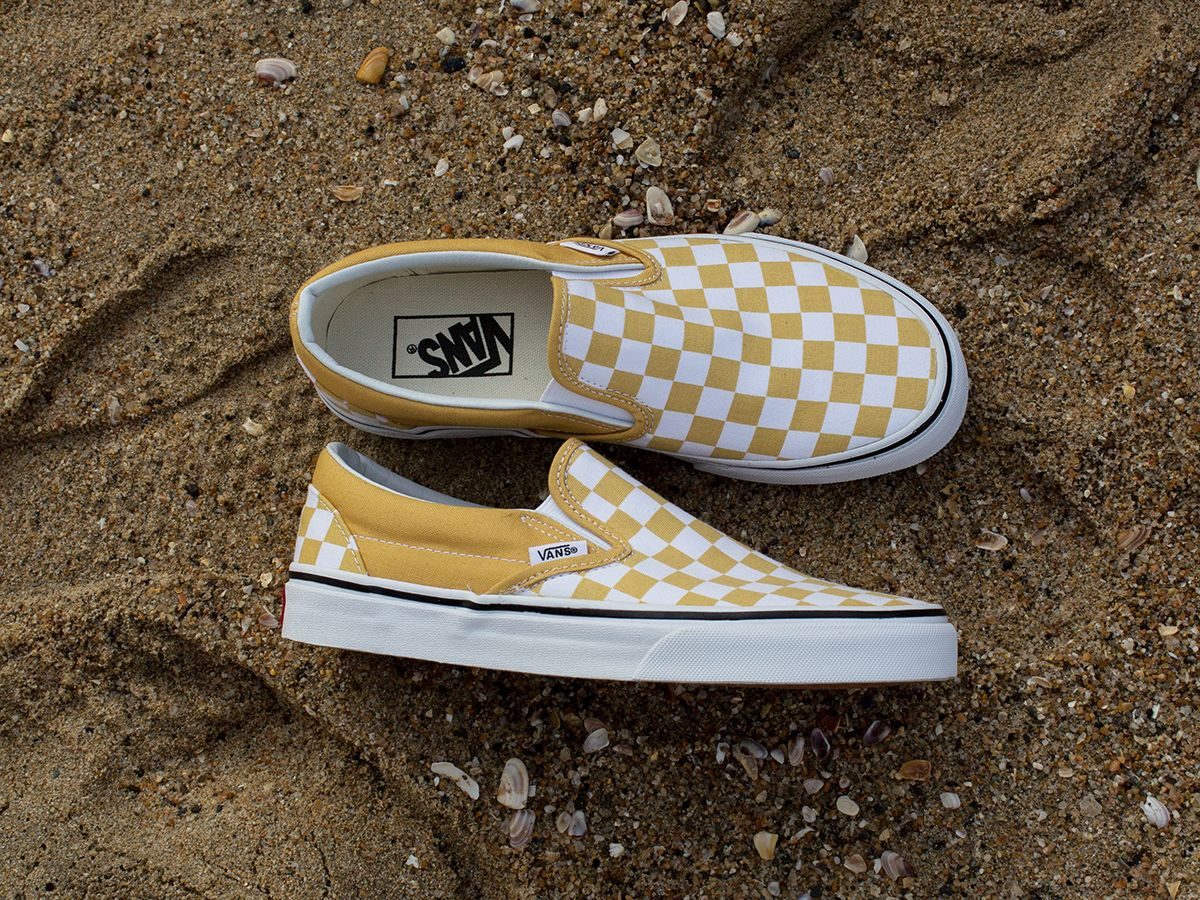 a6355bc057e8a5 California Winter with Vans Classic Slip On