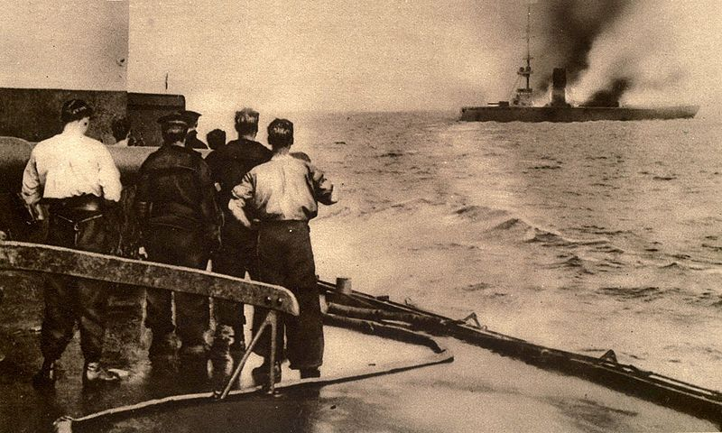 View from a British warship of the sinking SMS Mainz, at the Battle of Heligoland Bight 1914.
