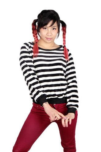 Basic stripe shirt! This is must have! And it's also sooo comfty!