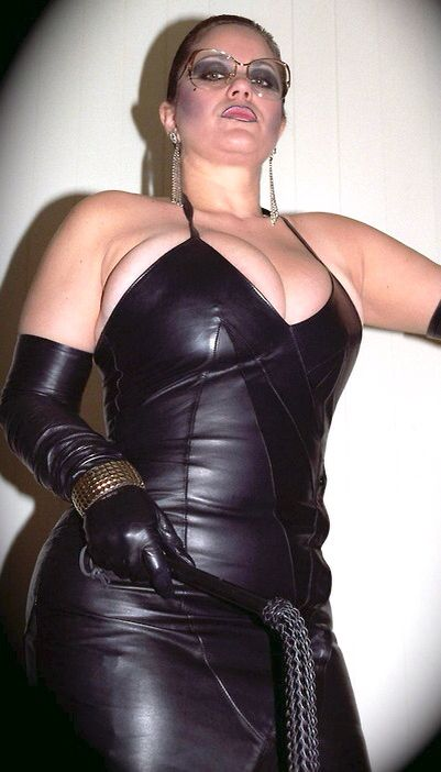 Pin By И Б On Bbw Pinterest Goddesses Boobs And Ss