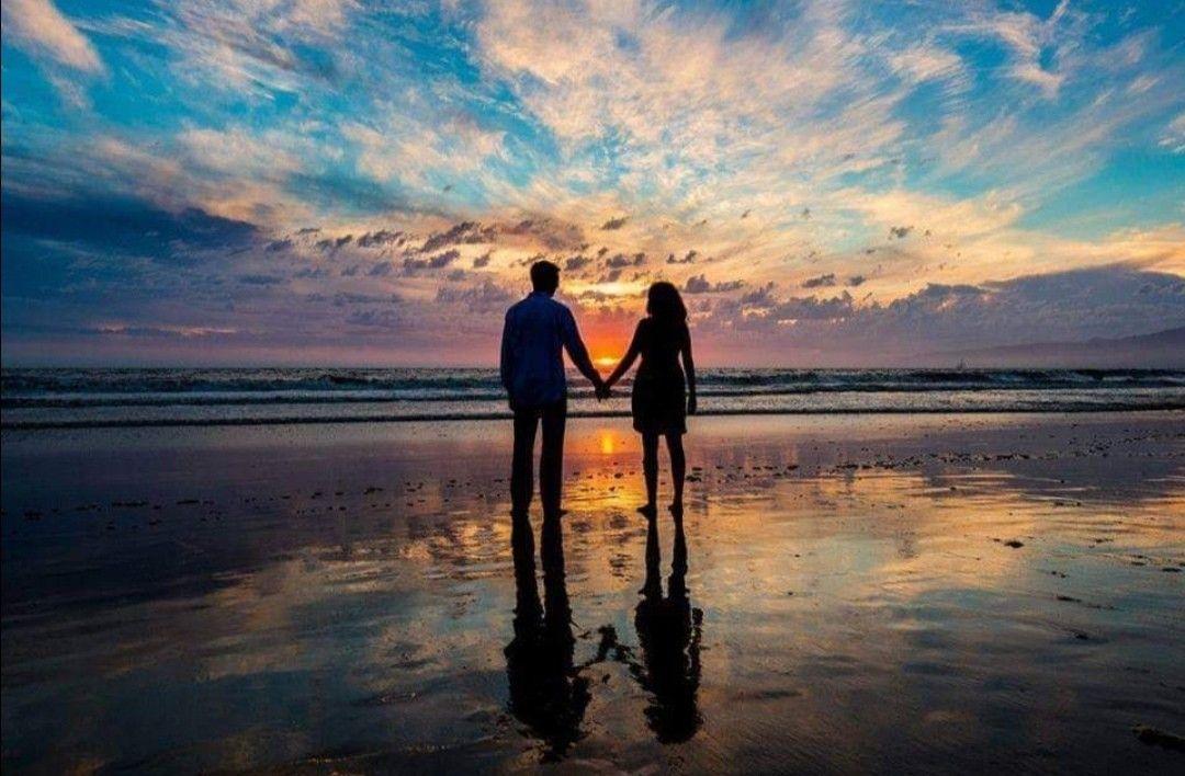 Pin De Andreja Brifah En Beautiful Pictures En 2020 Fotos De Parejas En La Playa Ideas De Fotos De Playa Pareja De Espaldas