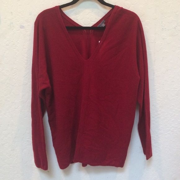 NWT Vince Cashmere Sweater Nwt Vince cashmere sweater. V-neck with detail down center front and back Vince Sweaters V-Necks