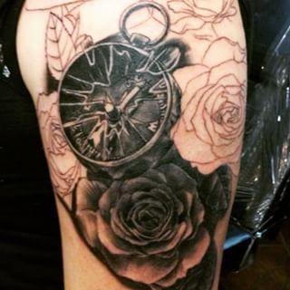 broken compass google search tattoos pinterest compass tattoo and compass tattoo. Black Bedroom Furniture Sets. Home Design Ideas