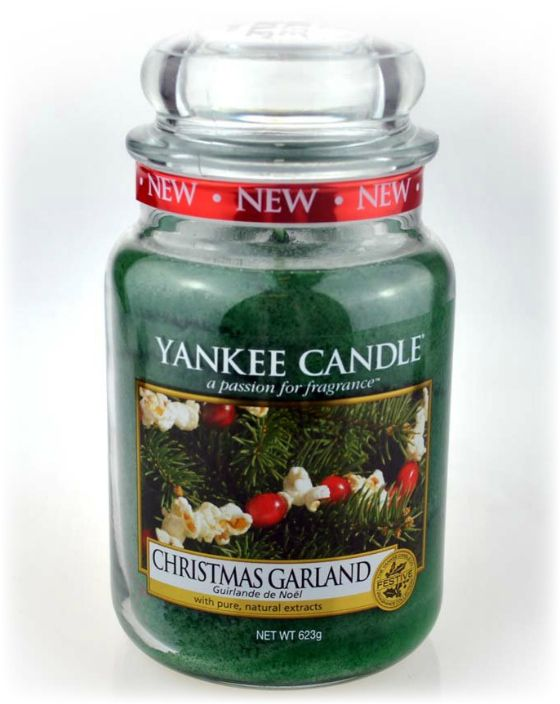 Attirant Yankee Candle Christmas Garland From Love Aroma   The Lush Aroma Of  Fresh Cut Pine Boughs With The Added Tang Of Zesty Cranberries Bringing The  Festive ...