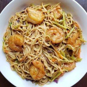 Shrimp & Ramen Stir Fry - Thriving Gluten Free