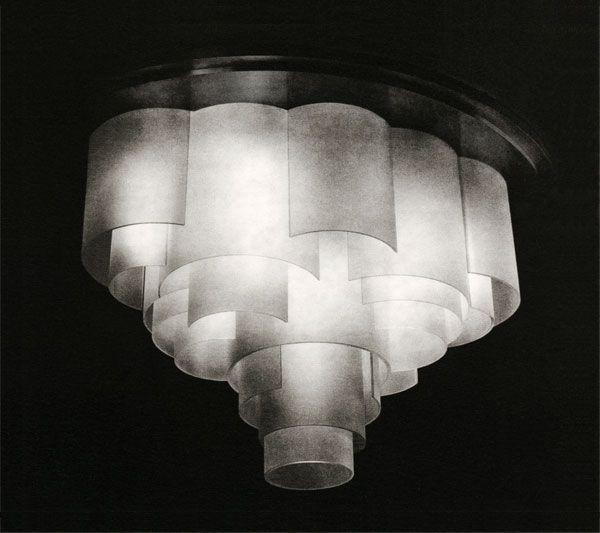 Art deco chandelier jean perzel c1925 paris art deco for Art deco arredamento