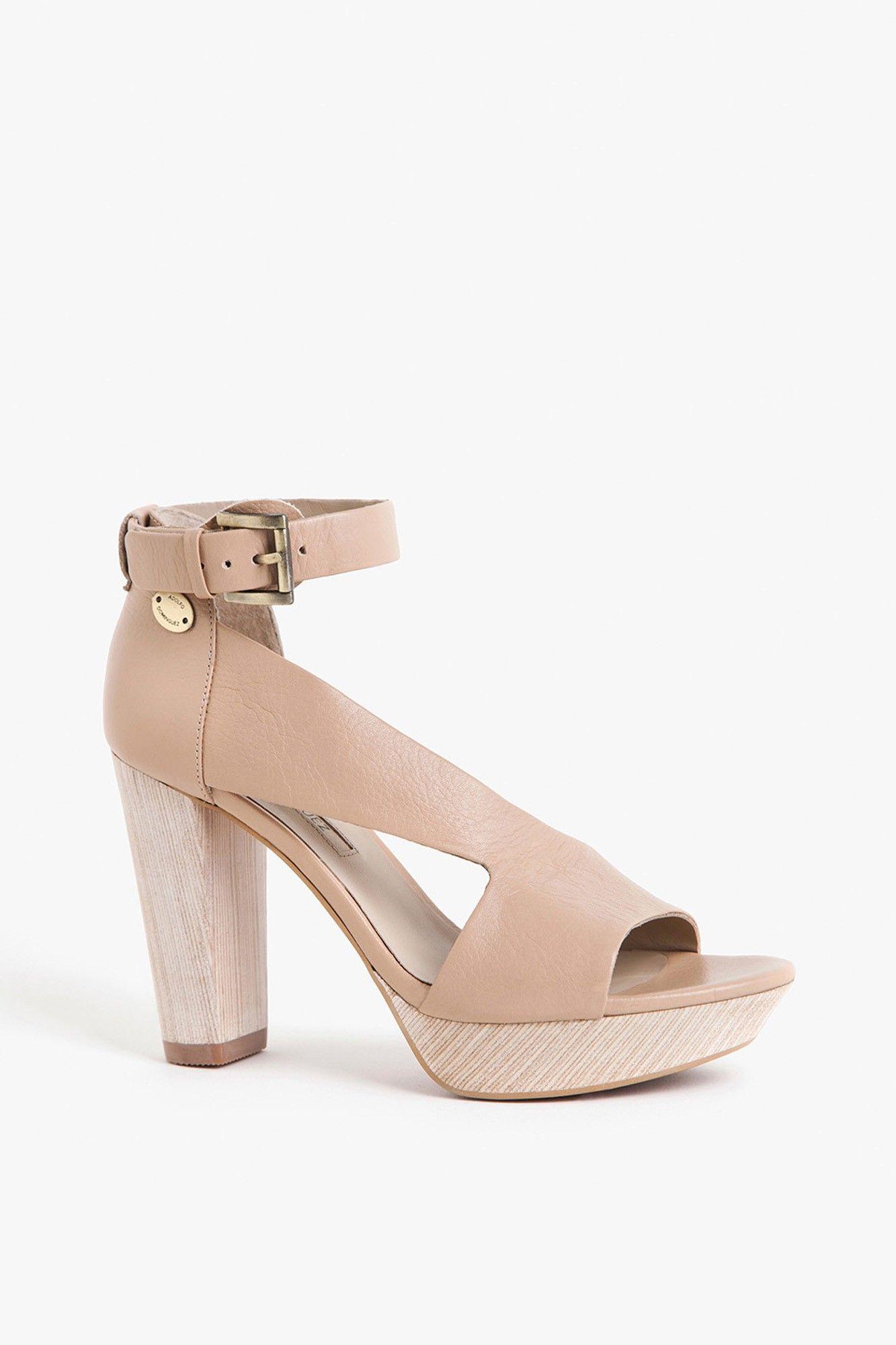 Sandalia de piel graneada | Adolfo Dominguez