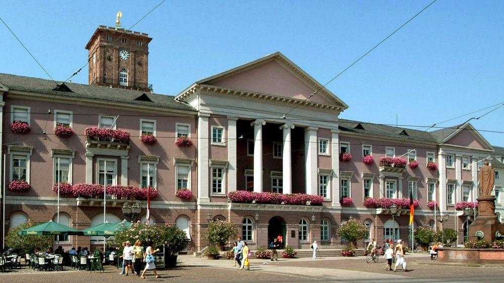 Stadhuis (City Hall) Karlsruhe (Duitsland, Germany