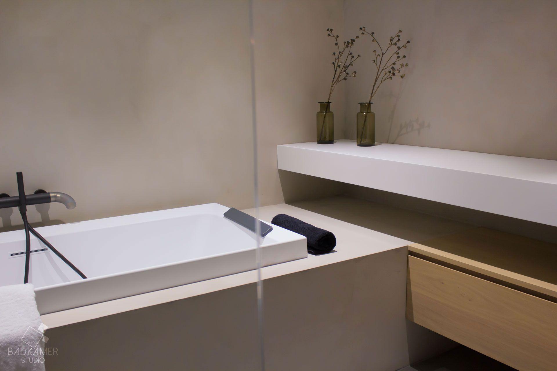 Badkamermeubel Met Kommen : Maatwerk badkamer met micro beton beton ciré op de vloer muren