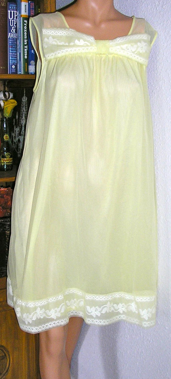 03ab293bae18 Vintage 60s, Philmaid, nylon lemon yellow, baby doll, nightgown, walz gown,  size 40 42, MINT, classic 60s, big bow