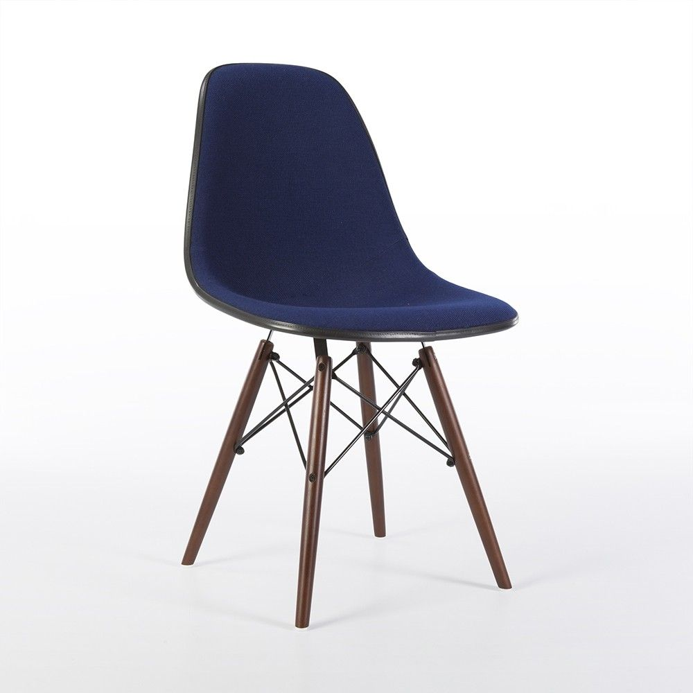 Design Stoelen Sale.For Sale Original Herman Miller Royal Blue Upholstered Eames Dsw