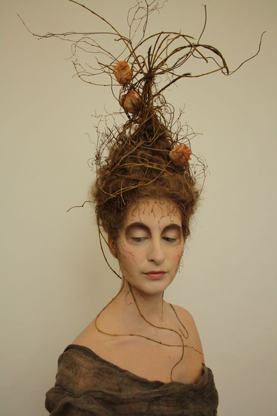 Cool Halloween makeup for hollow looking eyes Art of light - cool halloween ideas