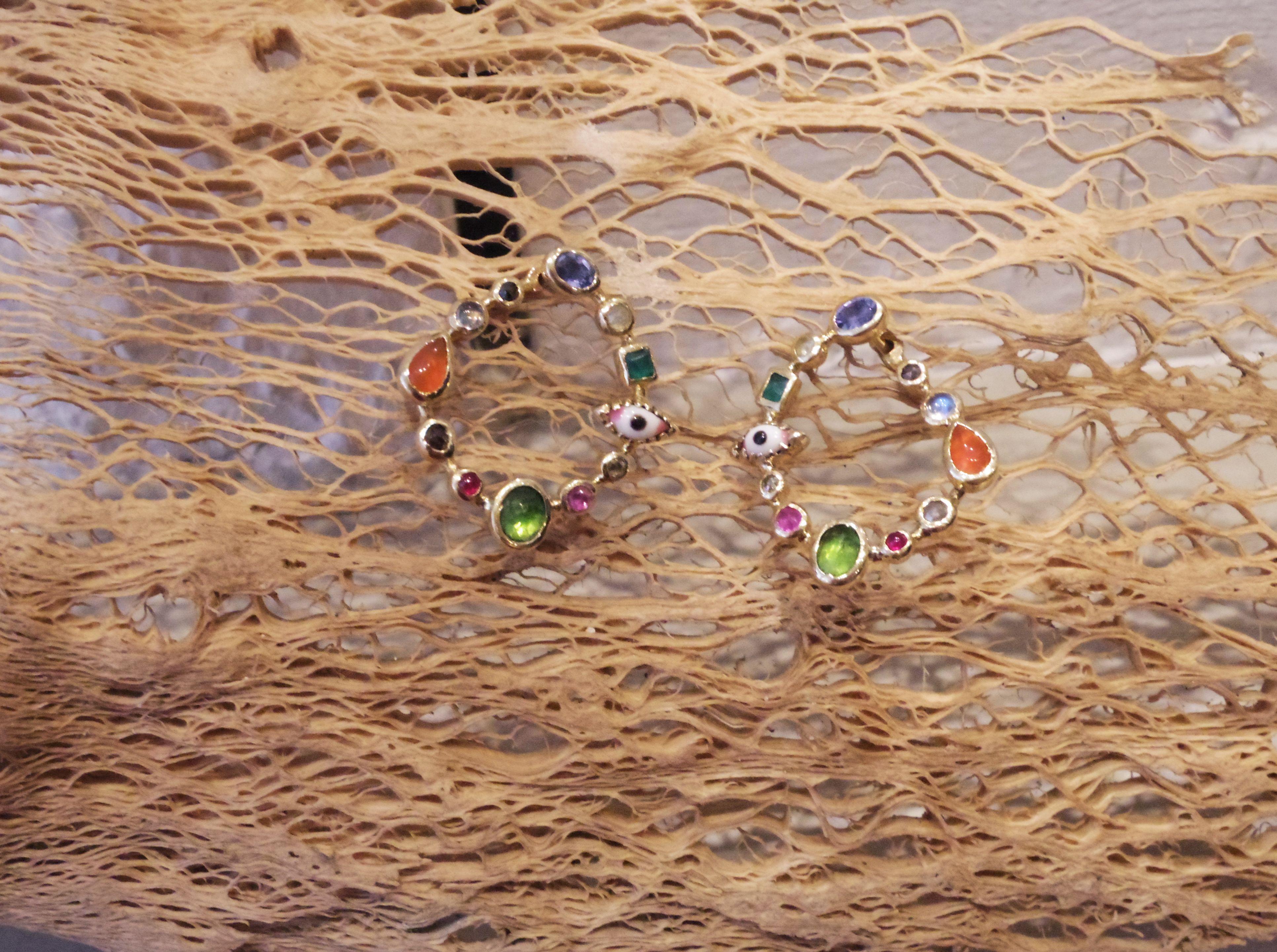 pingl par white bird sur designers dorette by catherine l vy pinterest createur bijoux. Black Bedroom Furniture Sets. Home Design Ideas