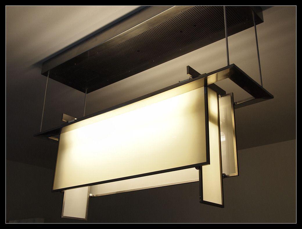 Architectonisch wonder: Raadhuis Hilversum - Lamp by Dudok