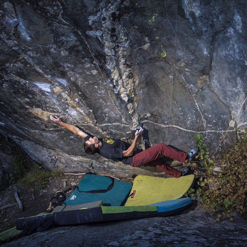 "Samuel Miller (@sammzamm) on ""Divergence"" (V10 sit start) at the 420s in Poudre Canyon #Colorado. Photo: Armin Buchroitner #lasportivana #lasportiva #bouldering by lasportivana"