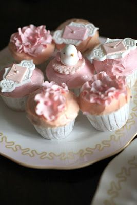 Love Doves Cupcakes