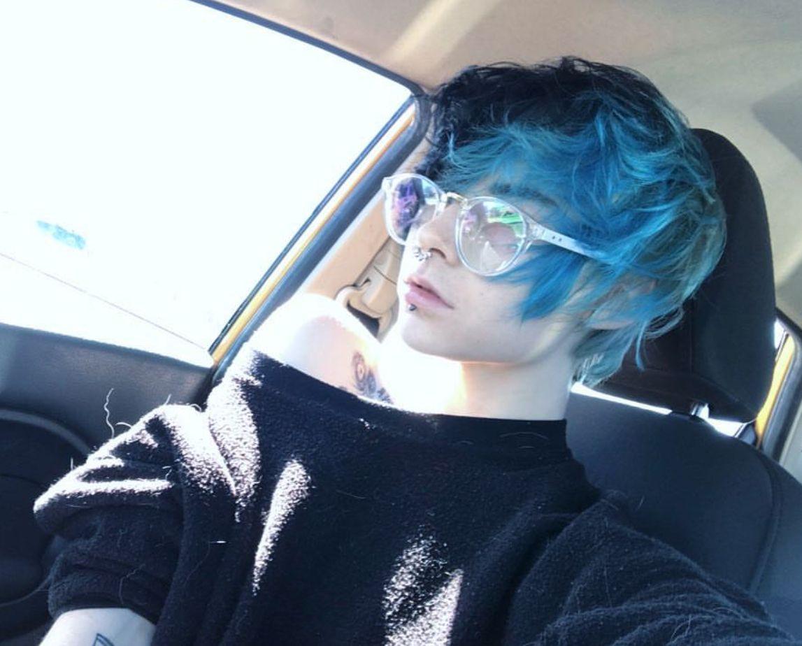 Pin by ൠm0chaൠ on ԹҽօԹӀҽ Blue hair aesthetic