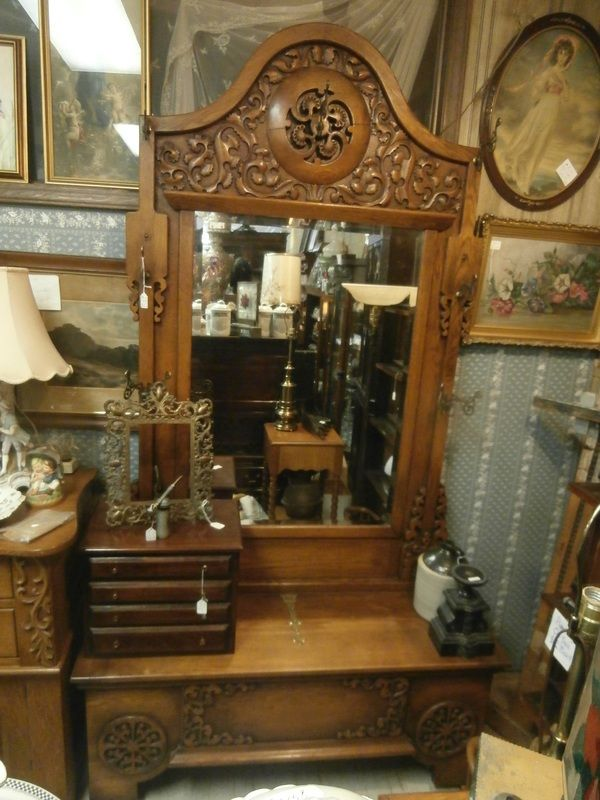 Antique Alley Dealer Mall Antiques, Furniture, & Collectibles. We Buy, - Antique Alley Dealer Mall Antiques, Furniture, & Collectibles