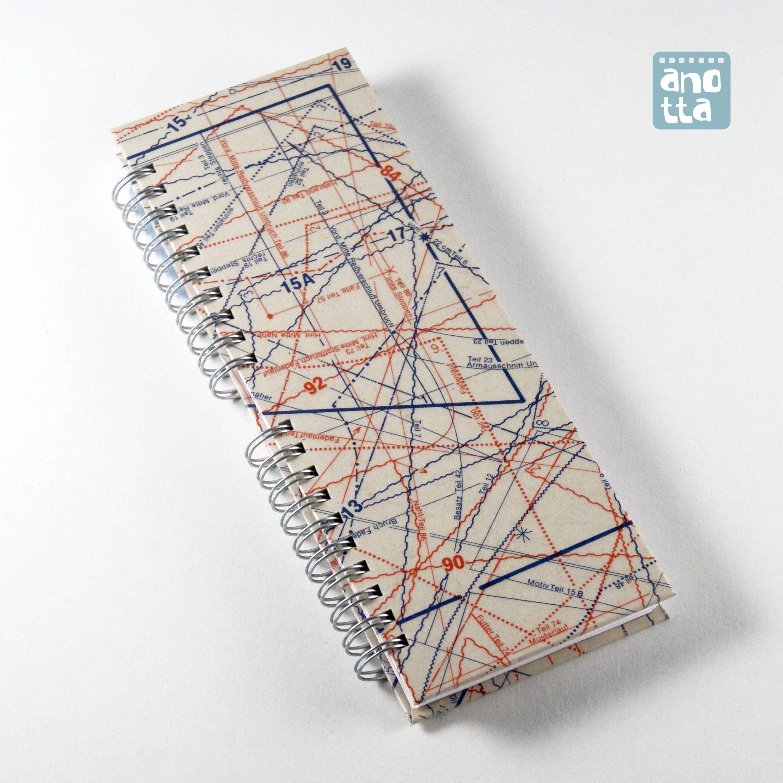 Libreta hecha a mano reciclando viejos patrones de costura de la ...