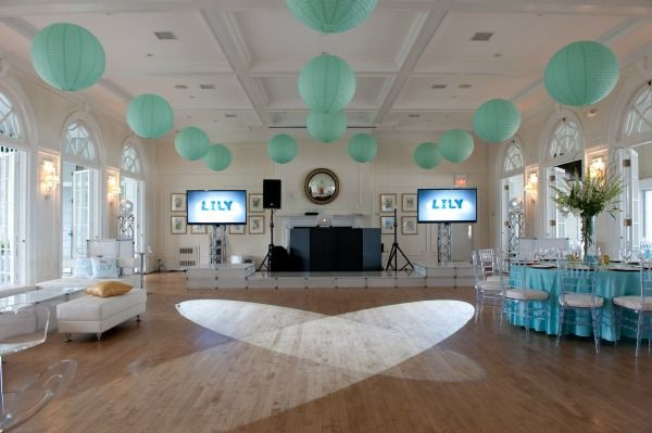 Tiffany Blue White Bat Mitzvah Colors Party Planner The Event Of A Lifetime Ellen Dubin Photography Mazelmoments