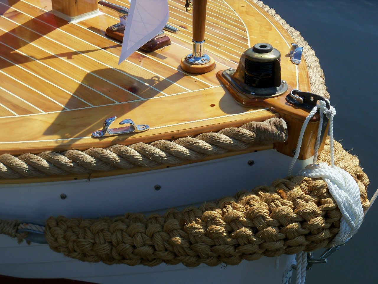 Pin By Susan Mulgrew On Bow Pudding Pinterest Bows Boat And Bilge Pump Float Switch 3rd Wire Sailnet Community A Protected With Rope Rub Rail Above