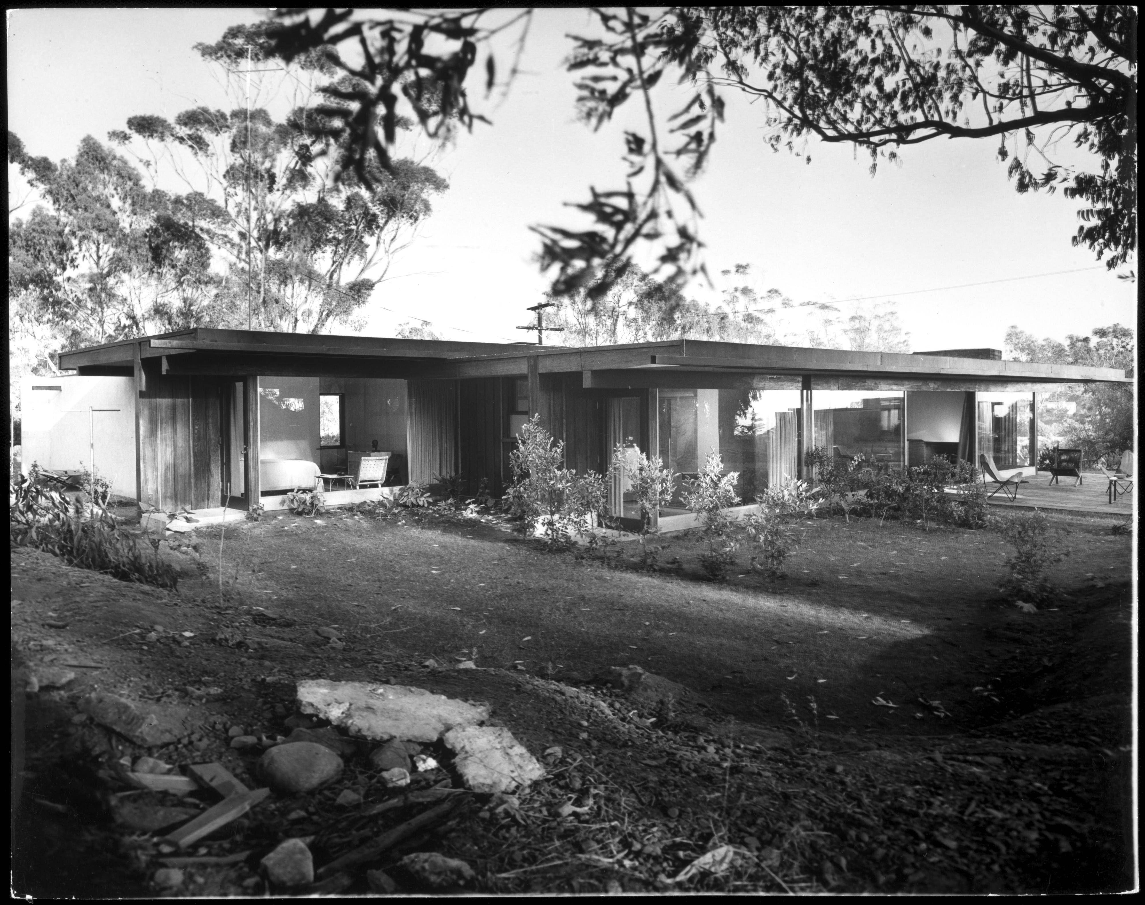 Case Study House #20: The Richard Neutra Baily House.
