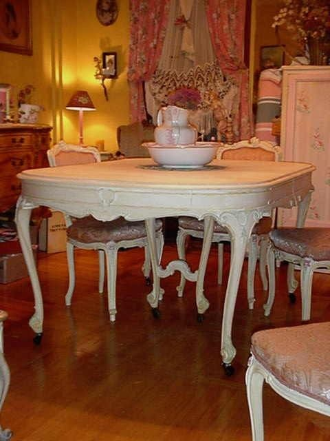 Vintage French Dining Room Table Cottage Chic Painted Queen Anne Legs Original Appliques