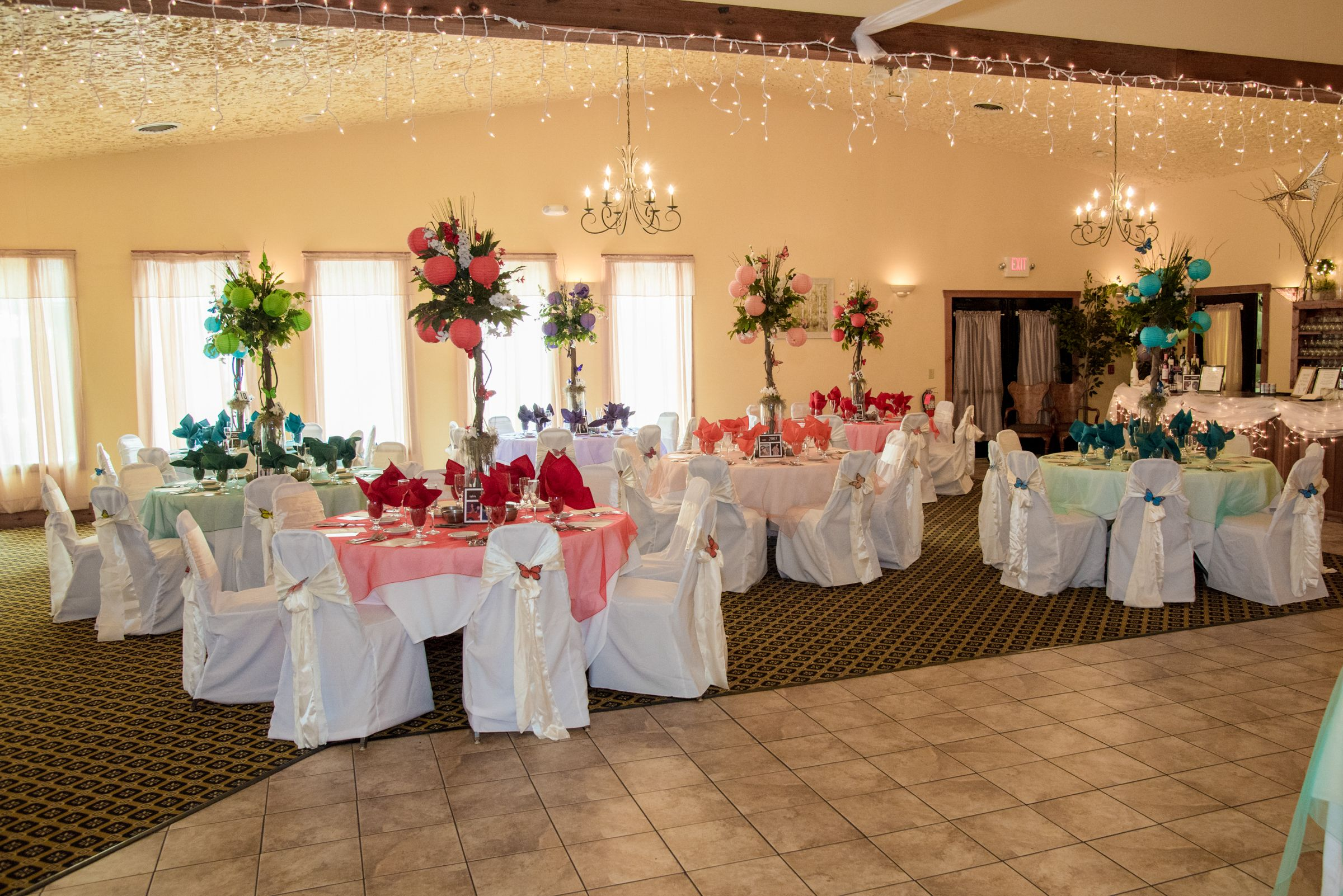Rainbow Reception Tables At Landoll S Mohican Castle